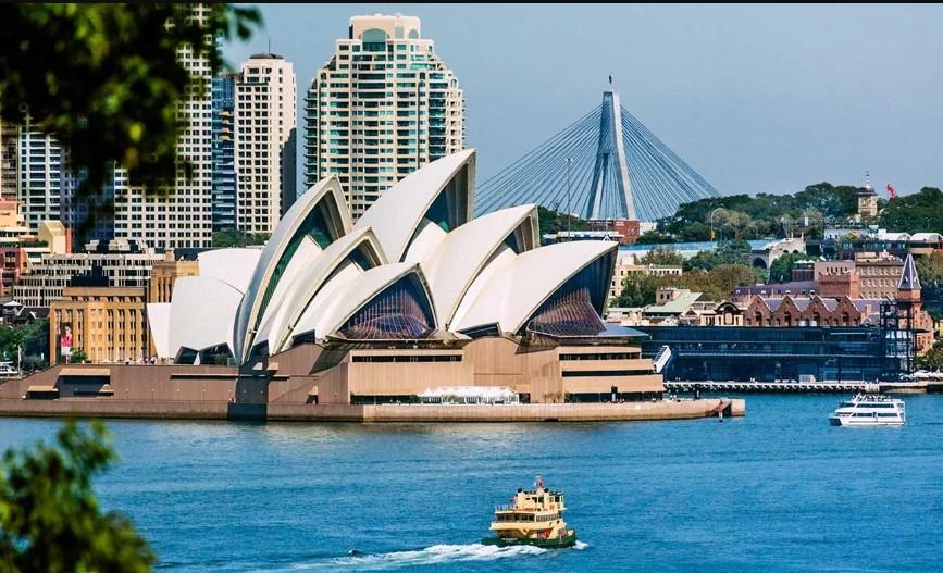 अस्ट्रेलियाको अर्थतन्त्र २८ वर्षको अवधिमा पहिलो पटक मन्दीको अवस्थामा