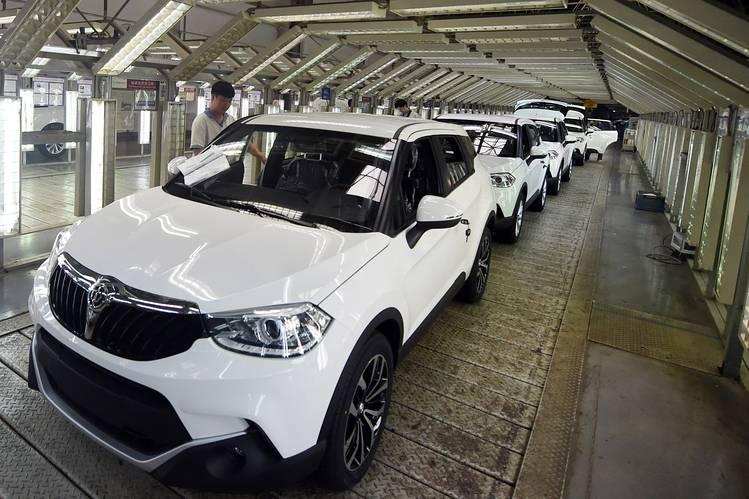 कोरोना  भाइरसका कारण चीनमा फेब्रुअरीमा सवारी साधनको बिक्री ७९ प्रतिशत घट्यो, होन्डाको कारप्लान्ट शुरु