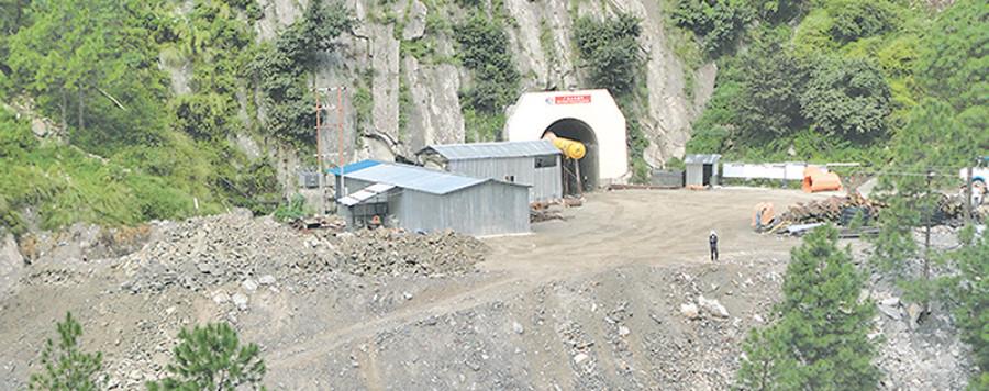 रसुवागढी  हाइड्रो घाटामा, जगेडा कोष १५ करोडले ऋणात्मक-२५% काम अझै बाँकी
