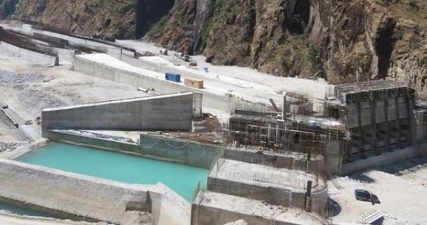 बाढीले मध्यभोटेकोशी जलविद्युत् आयोजना क्षेत्र डुबानमा, अर्बौंको क्षति