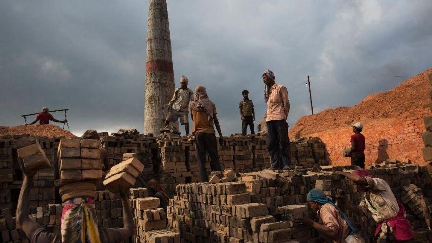 साउनदेखि बढ्यो श्रमिकको न्यूनतम पारिश्रमिक, मासिक १५ हजार रुपैयाँ पाउने